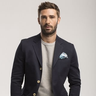 Win 4 London2 Pocket Squares Worth £100