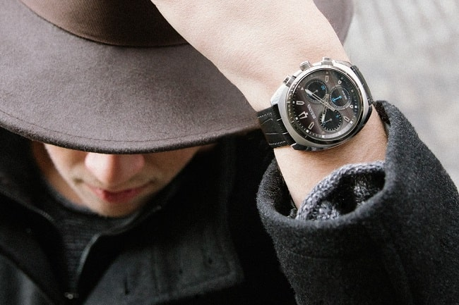 8 Must-Know Tips for Buying a Timepiece