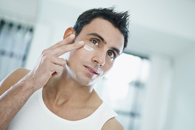 7 of the Best Face Serums for Men