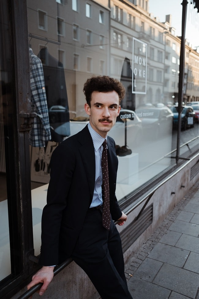 Alexander Davaroukas Monokel Berlin