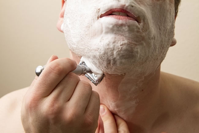 The Proper Way to Shave with a Safety Razor