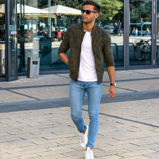 Inspiration for 10 male summer outfits for White t shirt outfit mens