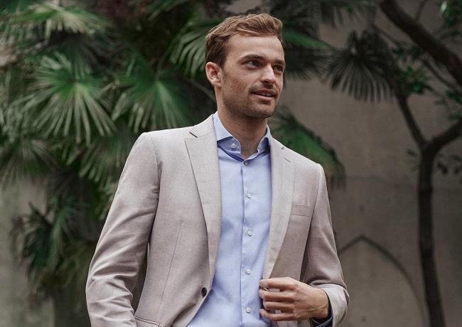 Buying Suit Online