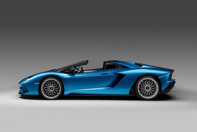 The new Lamborghini Aventador S Roadster