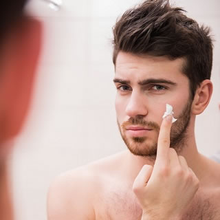 5 Male Grooming Mistakes to Avoid