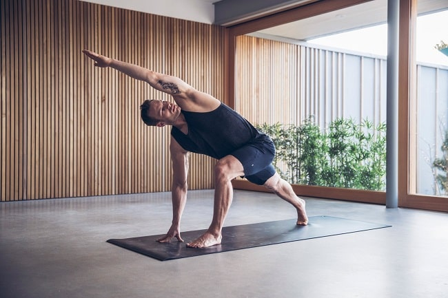 Why Yoga should be Added to a Guys Lifestyle