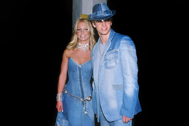 Every double denim article has to have this jokes Britney & Justin picture in it