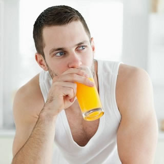 A Man's Guide to Juice Cleansing