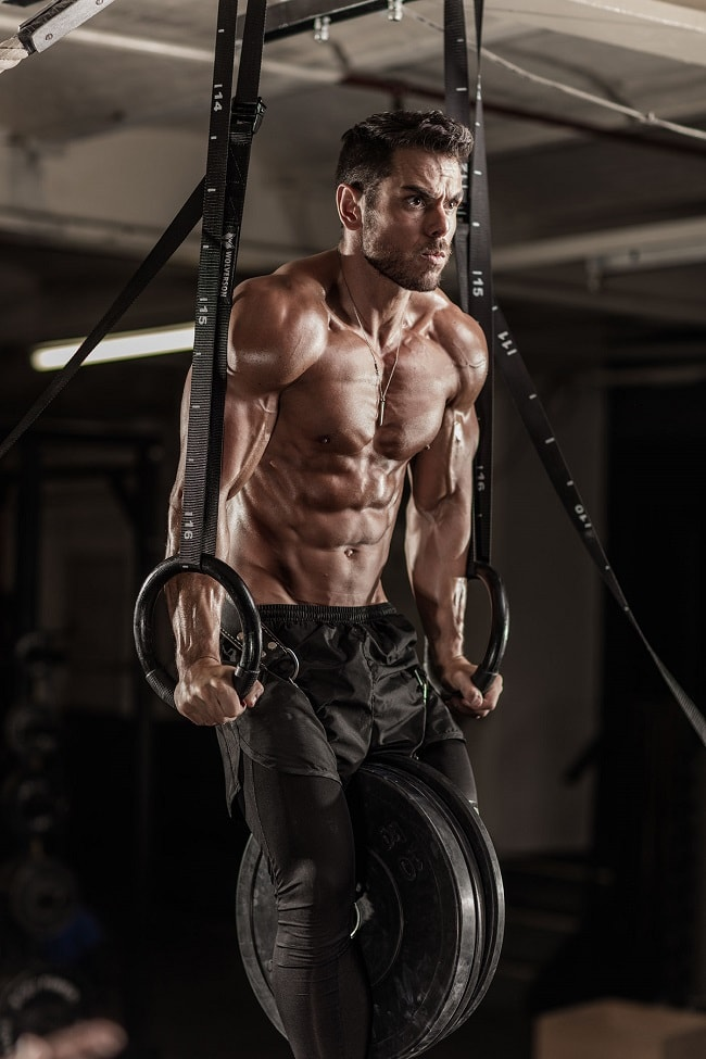 4 Tips to Building Bigger Biceps