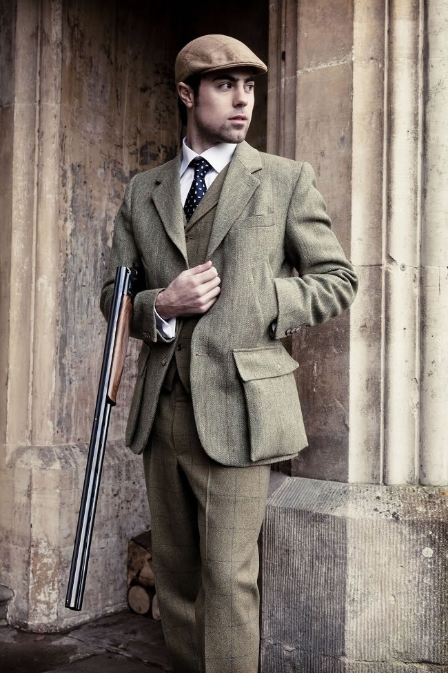 The British Country Look: The Essentials