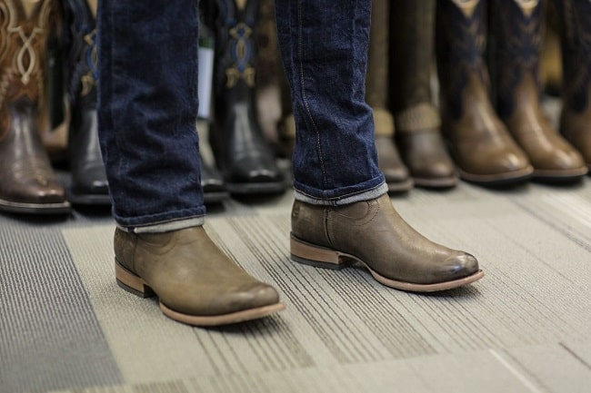 The Differences Between Mens and Womens Cowboy Boots