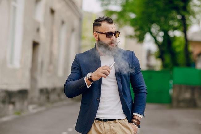 タバコへの依存を断ち切れるか。本当にVAPEで禁煙できるの?