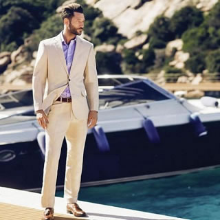 Maintaining Your Professional Look in the Summer