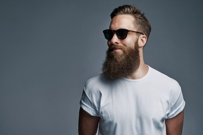 7 Badass Benefits of Owning a Beard